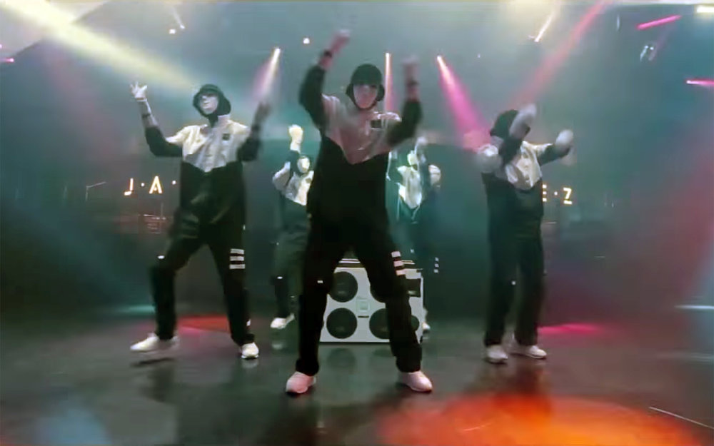 397.JABBAWOCKEEZ DANCE / USA - JABBAWOCKEEZ DANCE is a dance performed by an American hip-hop dance crew called JABBAWOCKEEZ, best known for being the winners of the first season of America's Best Dance Crew in 2008. They were initially formed by members Kevin