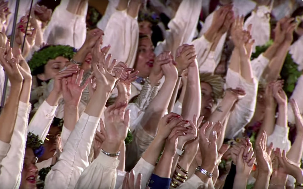 "418.Kad tie zeni prūšos gājā / Latvia - Kad tie zeni prūšos gājā (""When those men to Prussia went"") is an ornamentally dramatic Latvian dance, for the middle-aged dance groups. The idea is to break a misunderstood"