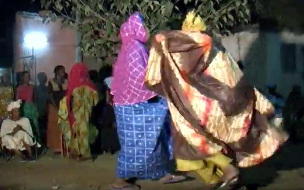 575.MARACADON / Burkina Faso - MARACADON is a traditional dance moves from Bobo Dioulasso, a city in Burkina Faso.