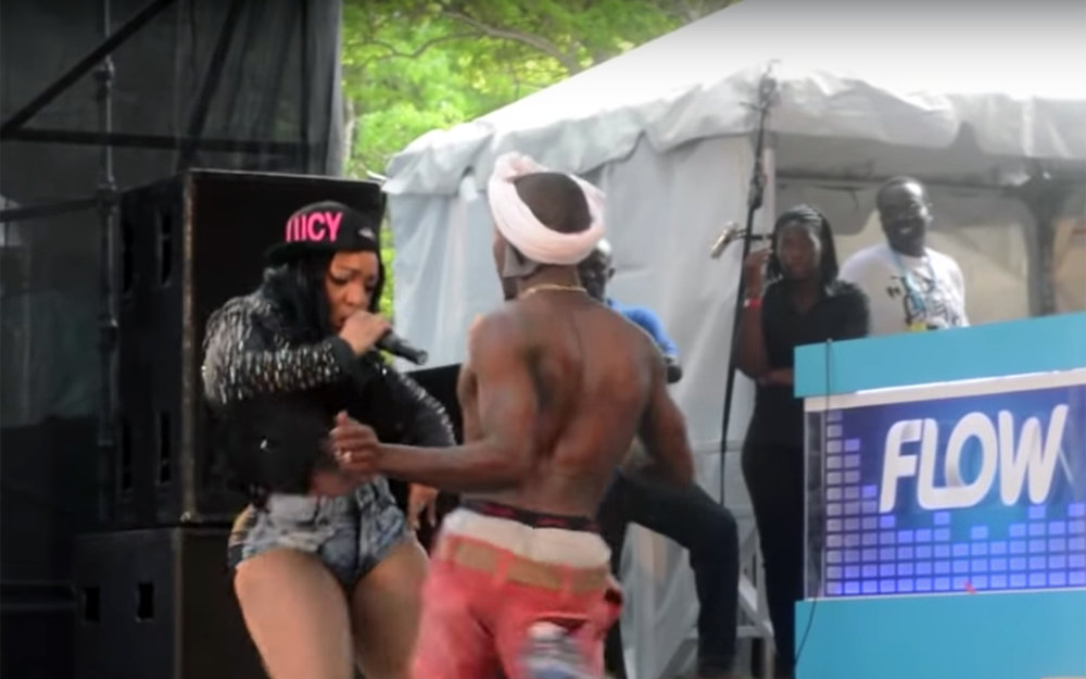 798.SOCA / Trinidad and Tobago / Guyana / Venezuela - SOCA is a modern variant of the calypso music and dance, but with a faster rhythm. Its name comes from the fusion of the first syllables of the words