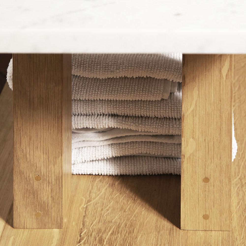 Plateforme Petit banc marbre détail 02