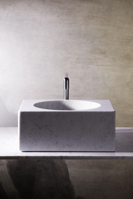 évier profond en marbre blanc de carrare