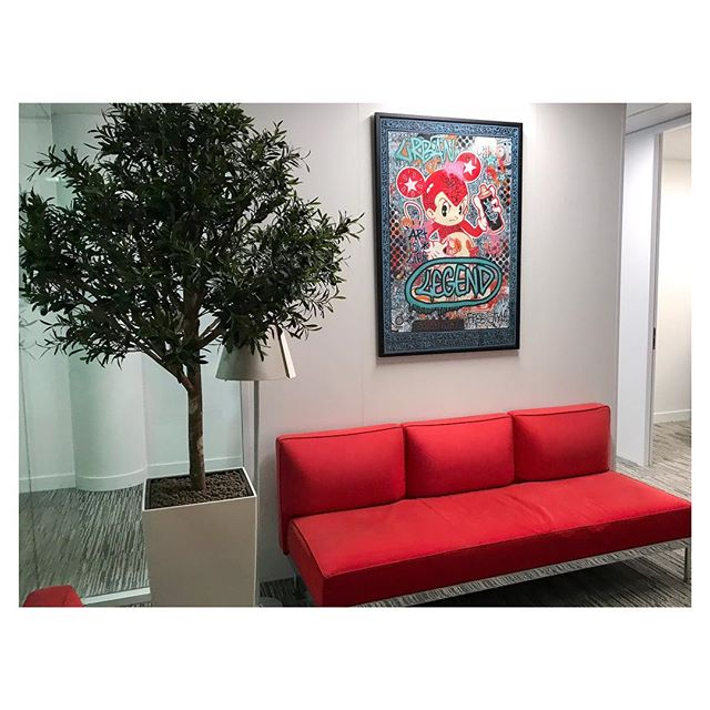 L'art s'invite chez Generali Concierge Services grâce à notre offre de prêt d'œuvres d'art aux hôtels et entreprises via nos galeries partenaires . . . #gaspare#art#artrental#streetart#contemporaryart#artparis#gallery#urbanart#graffiti#paris#hotel#expo#exhibition