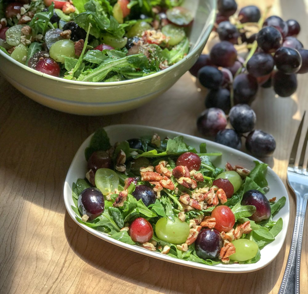Summer Salads - Arugula and Grape Salad With Pecans