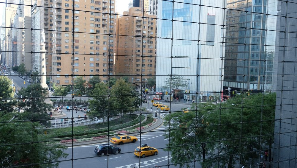 Manhattan - New York | Columbus circus | Columbus circus through the window of the shopping center | photo sandrine cohen