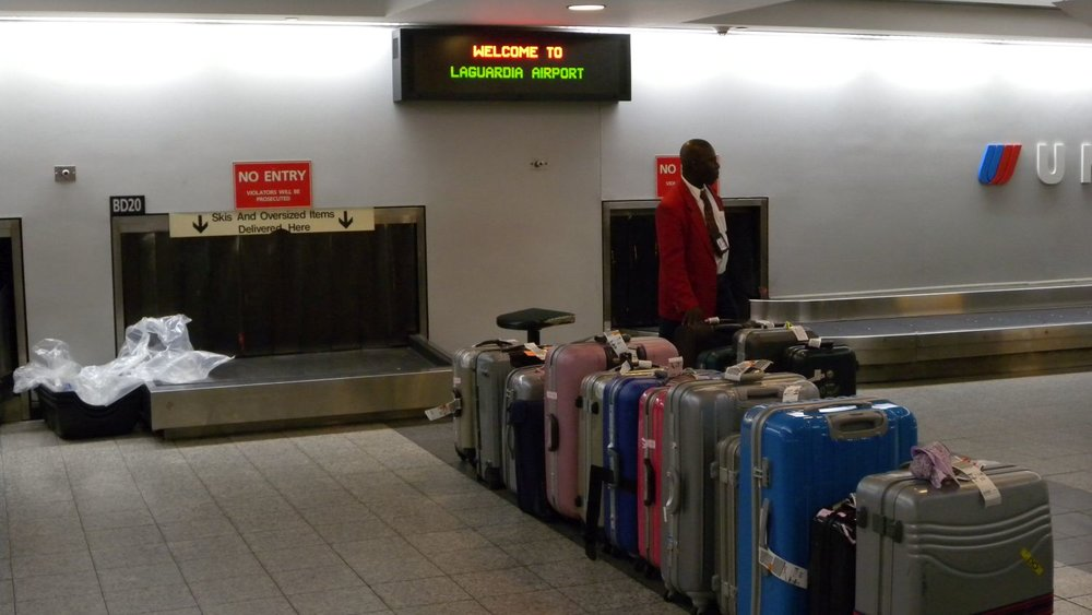 New York | Newark airport | Luggages at airport | photo sandrine cohen