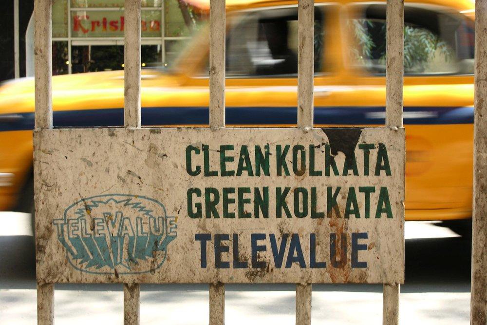 Kolkata - Calcutta   Yellow taxi   Green Kolkata   ©sandrine cohen