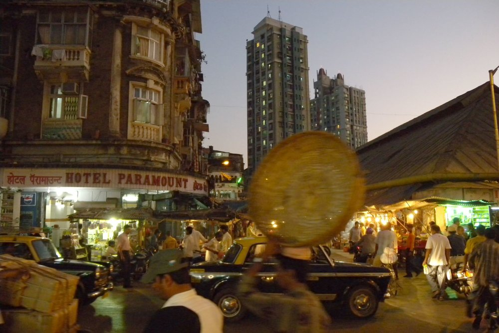 Mumbai - Bombay | Kalbadevi | Bhendi Bazaar | Traffic in Mumbai | New buildings in Mumbai | ©sandrine cohen