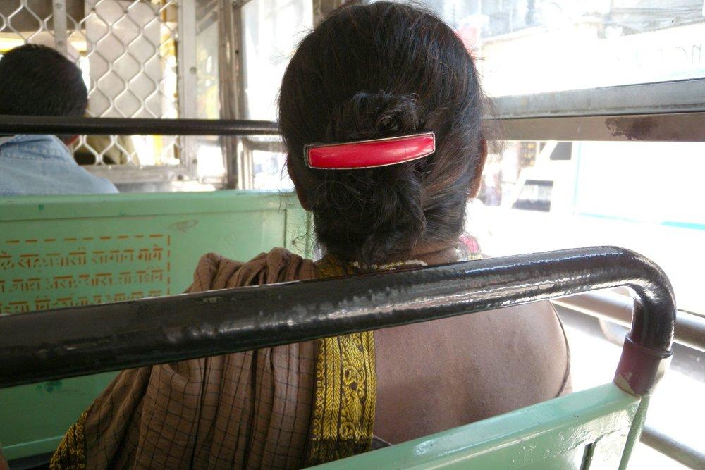 Mumbai - Bombay | Bombaikar on the bus | ©sandrine cohen