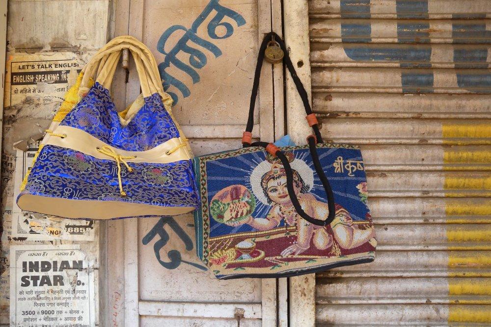 Mumbai - Bombay | Indian bags | ©sandrine cohen