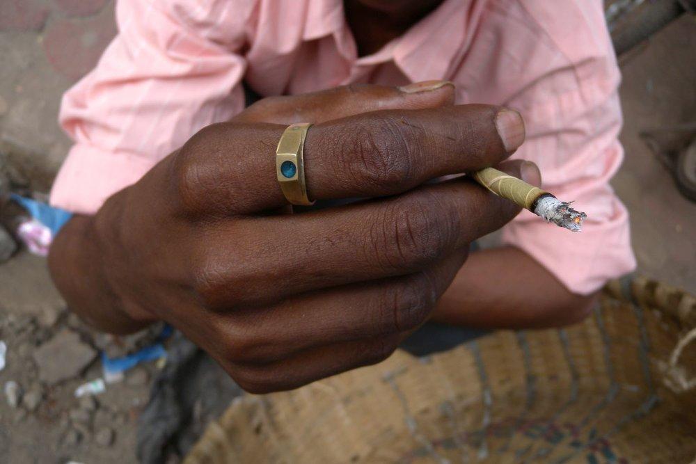 Mumbai - Bombay | Bidis indian cigarette | ©sandrine cohen