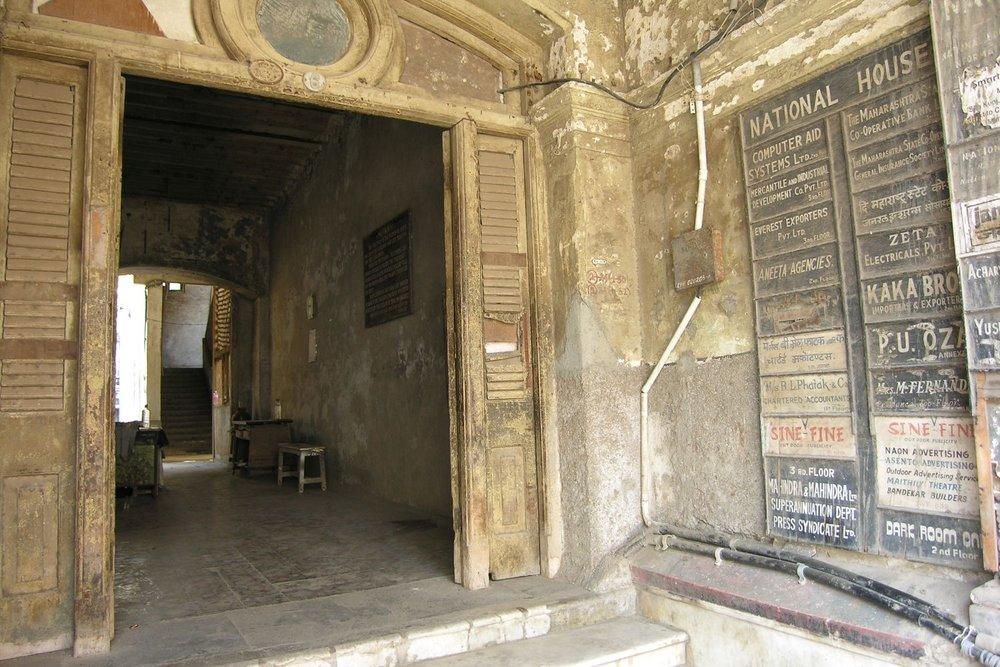 Mumbai - Bombay | Old Mansion in Mumbai | Churchill mansion in Colaba | ©sandrine cohen