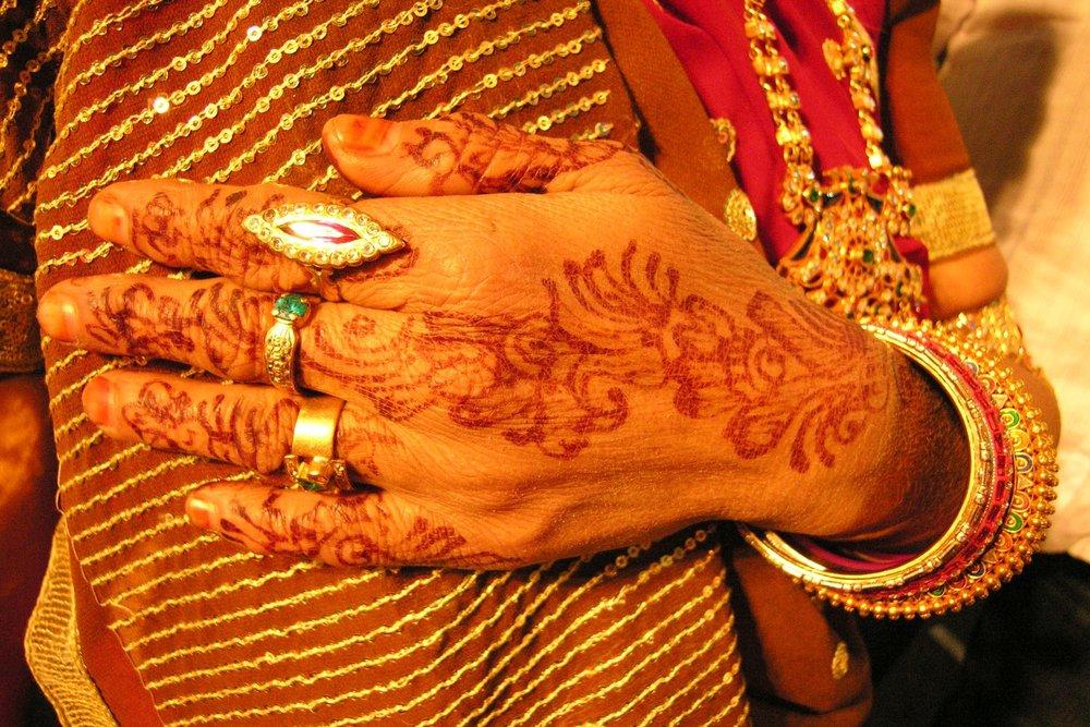 Mumbai - Bombay | Hand woman | Wedding | ©sandrine cohen
