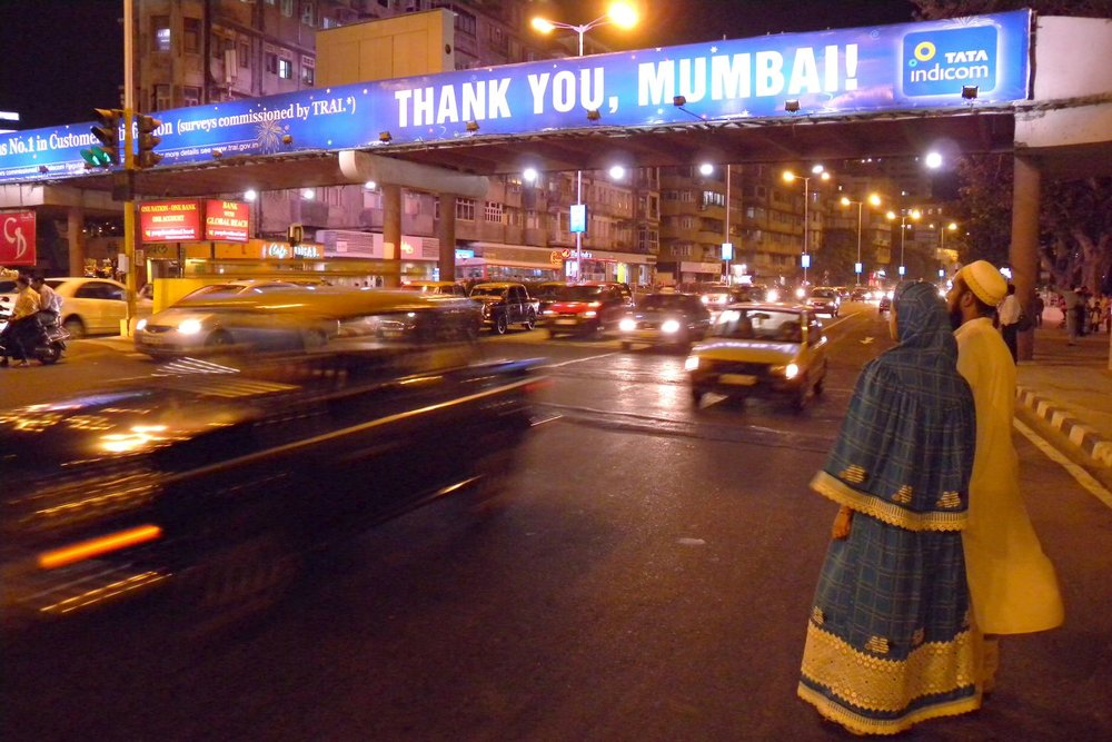 Mumbai - Bombay | Traffic on Marine drive | Thank you Bombay | Mumbaikers on the street | ©sandrine cohen