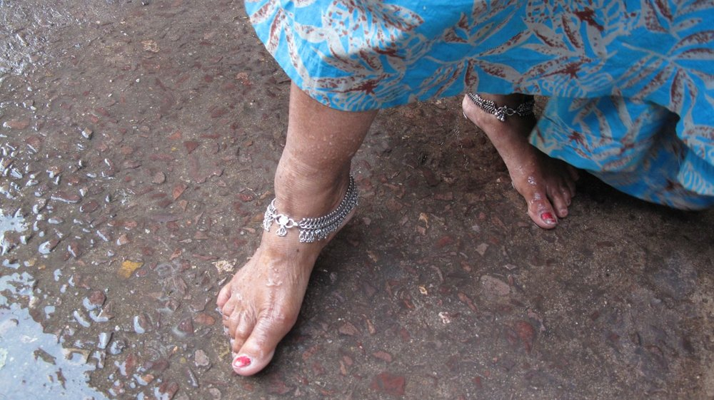 Jodphur 11 | Blue city | Rajasthan | Indian woman foot | ©sandrine cohen