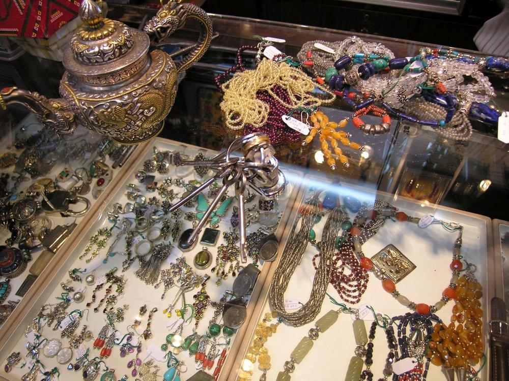 Mumbai - Bombay | Indian jewelry | ©sandrine cohen