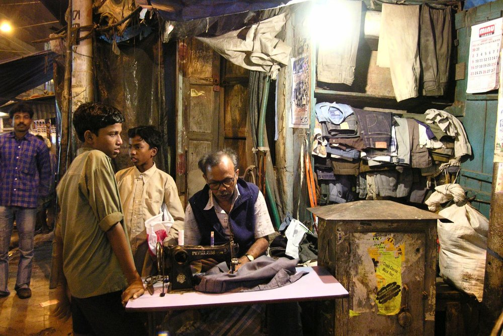 Kolkata - Calcutta | Tailor on the street | ©sandrine cohen