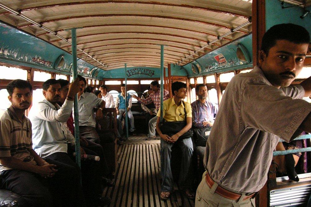 Kolkata - Calcutta   Bengali bus controller   ©sandrine cohen
