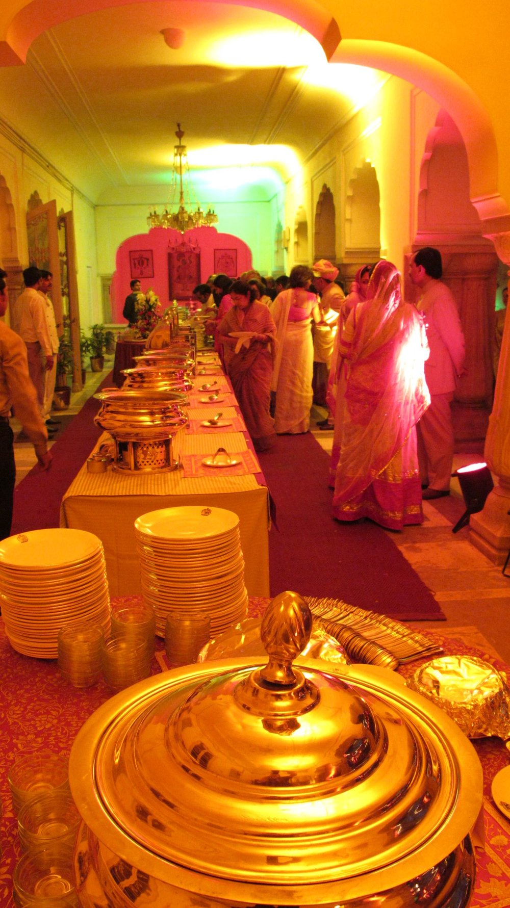 City palace of Jaipur | Royal family | Private party | Diner with silver dishes | ©sandrine cohen