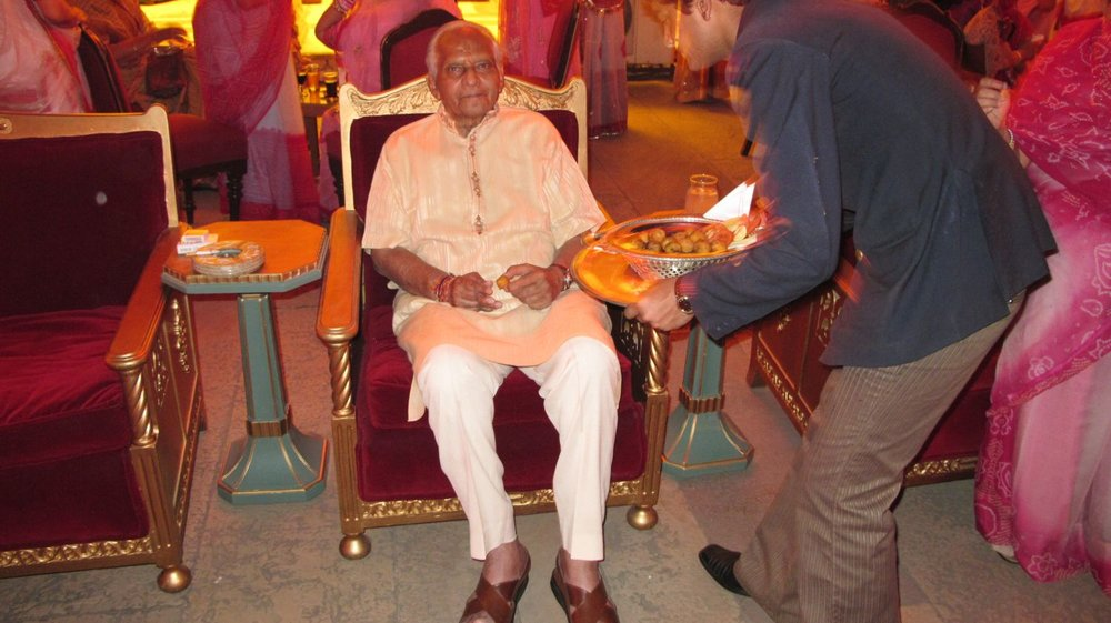 The Maharaja of Jaipur   Sawai Bhawani Singh - nicknamed Bubbles   City Palace of Jaipur   Private party   ©sandrine cohen