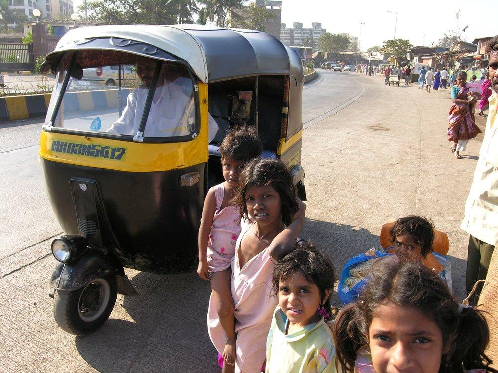 Dharavi Tuck-tuck | Mumbai - Bombay | India | Dharavi, the biggest slum of Asia | Over one million people live in Dharavi |©sandrine cohen