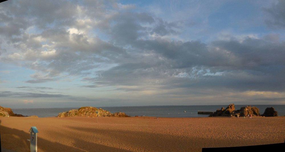 Saint-Marc-sur-mer | Loire Atlantique | Bretagne sud | Plage de Monsieur Hulot | Jacques Tati | Sunset on the beach | photo sandrine cohen