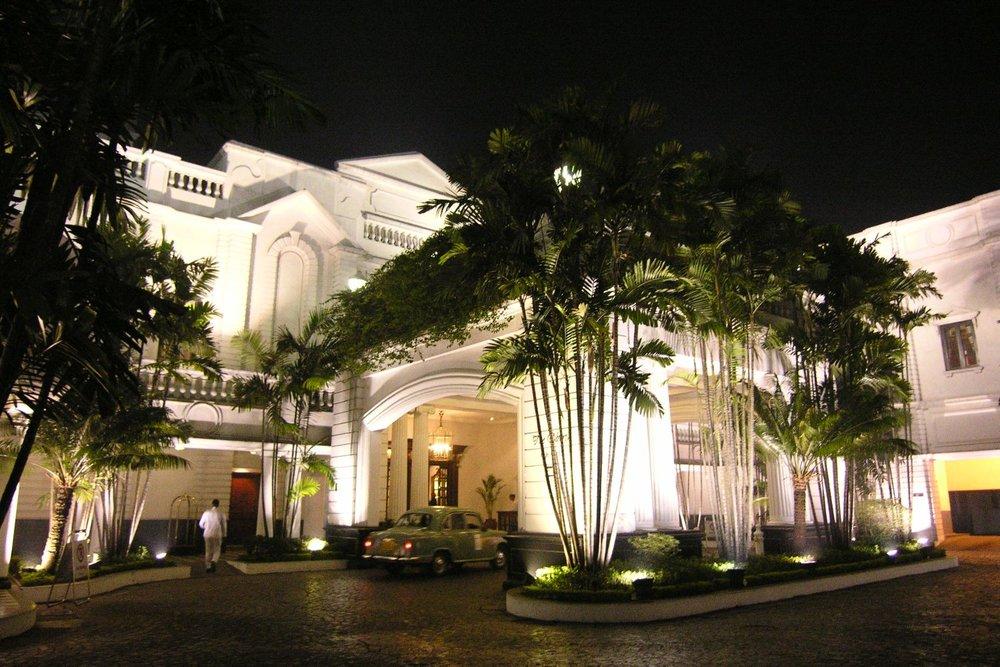 Kolkata - Calcutta | The Grand Oberoi Hotel | Ambassador car |Oberoi Hotel | ©sandrine cohen