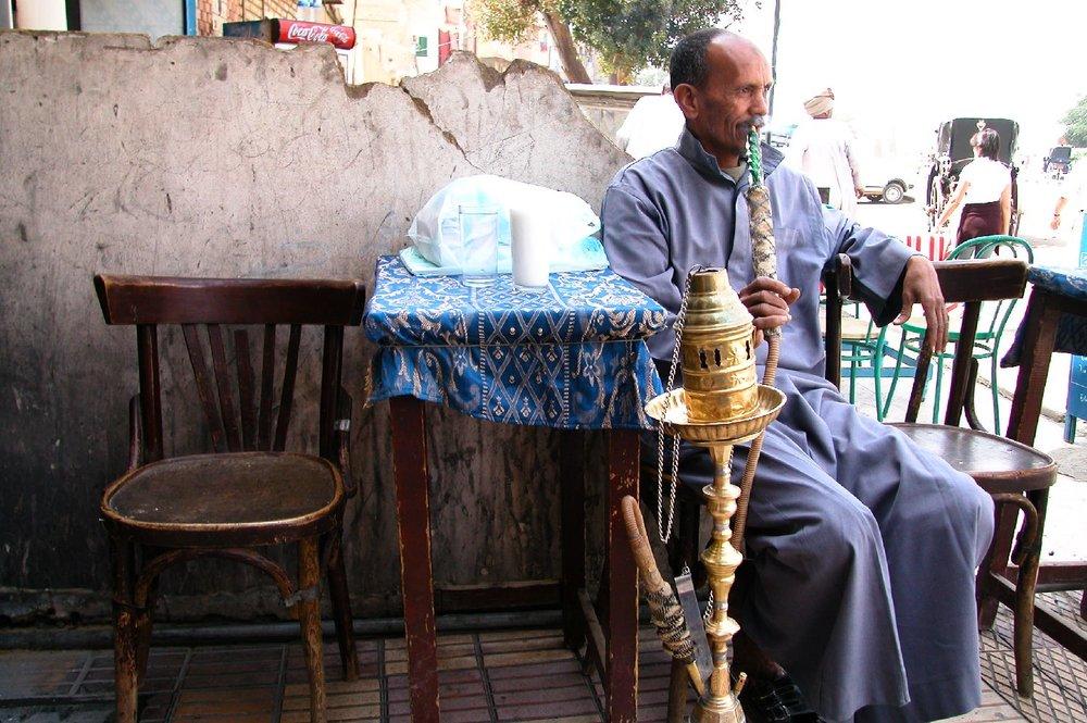 Aswan  Egypt  Egyptian smokes narghile or chicha  streetphotography  ©sandrine cohen