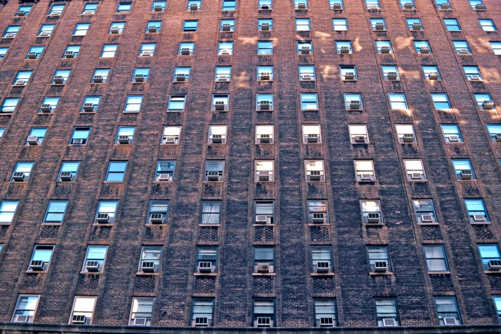 Manhattan | New-York | Air Conditioners | Climatiseurs | AC building | ©sandrine cohen