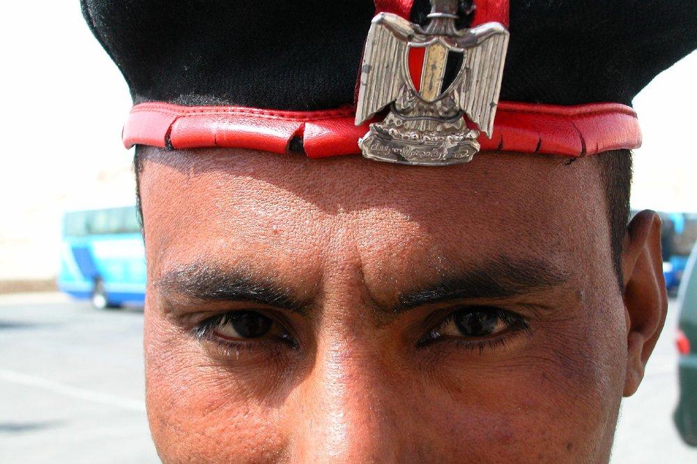 Cairo  Army  Egyptian Military  Look  Eyes  Streetphotography   ©sandrine cohen
