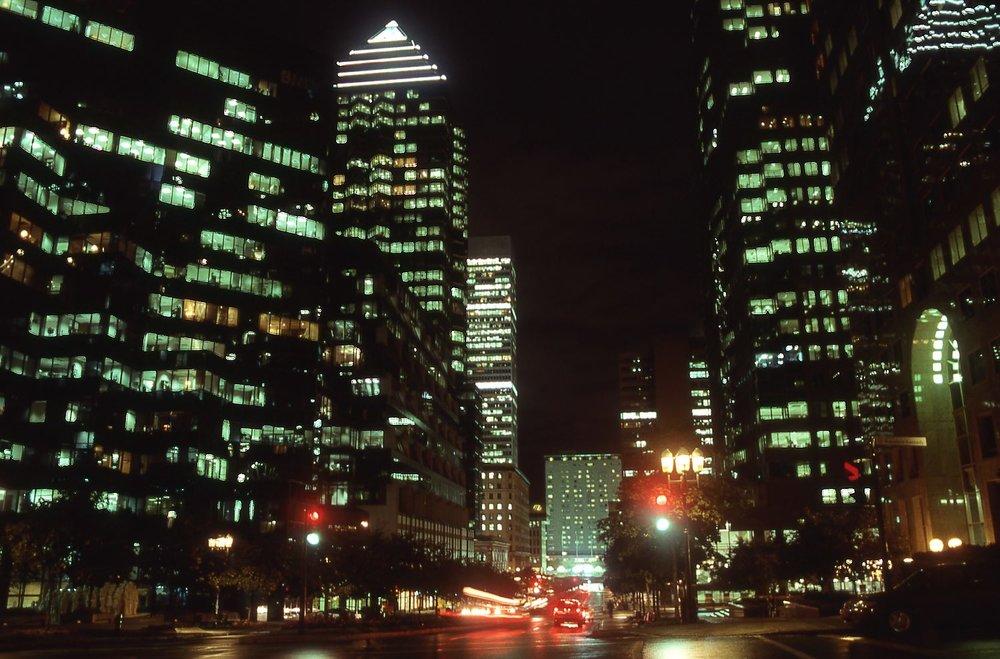 Montreal | Maisonneuve boulevard at night | photo sandrine cohen
