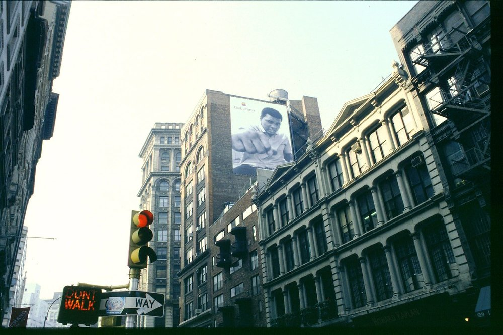 New-York | Apple advertising | Mohammed Ali | Think different | Manhattan in 1998 | Argentic photo by sandrine cohen