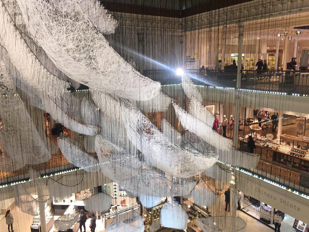 Chiharu Shiota | Japanese artist | Exhibition Where are we going | Le Bon Marché Paris | photo sandrine cohen