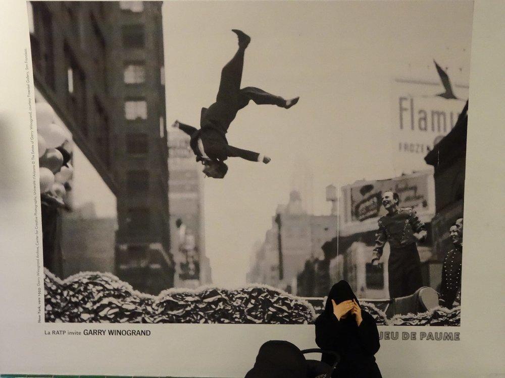 Exhibition Garry Winogrand dans la metro de Paris | Metro Paris | ratp | Garry Winogrand | photo sandrine cohen