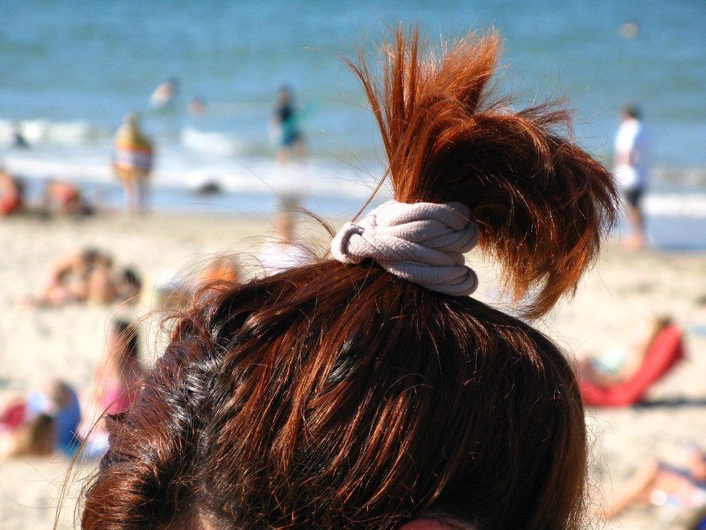 Hairstyle on the beach |©sandrine cohen