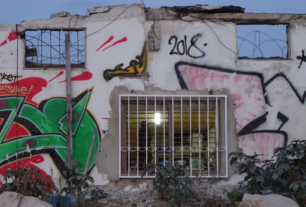 Jaffa | workshop at evening | streetphotography sandrine cohen