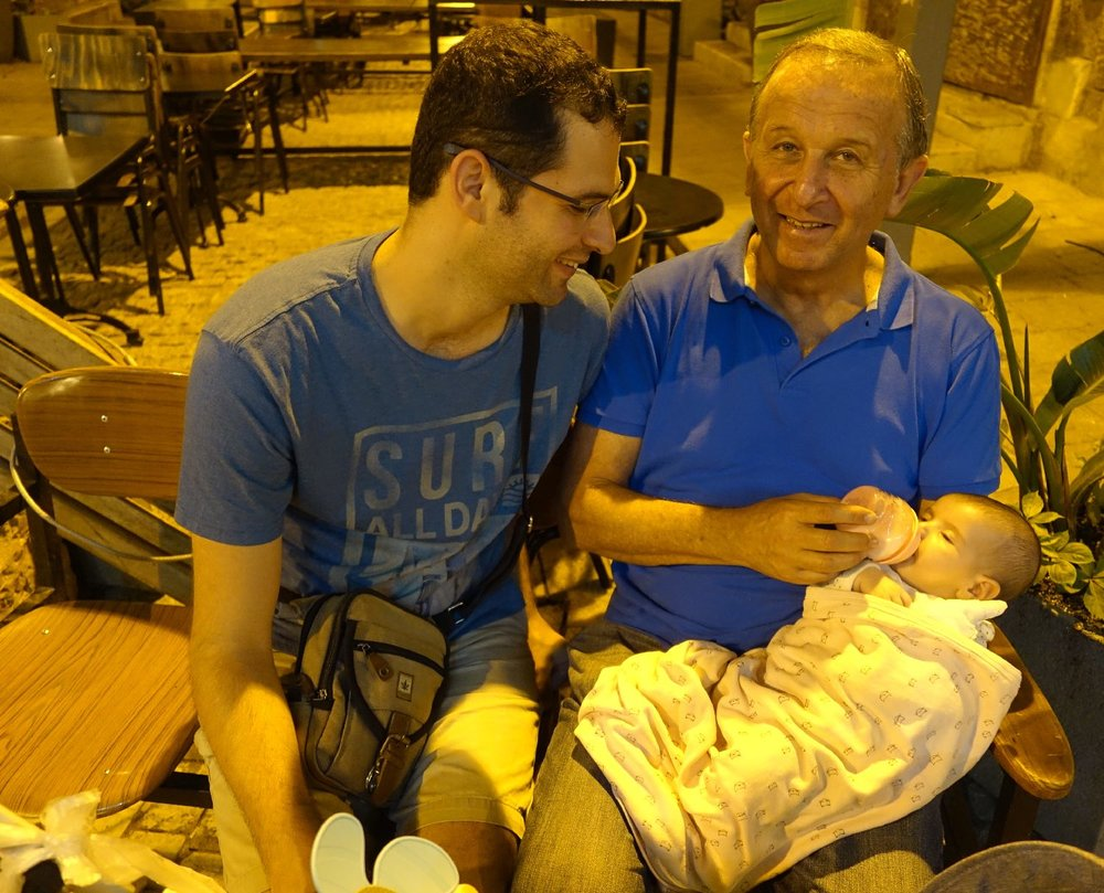 Jaffa | Baby with father and grand father | photo sandrine cohen