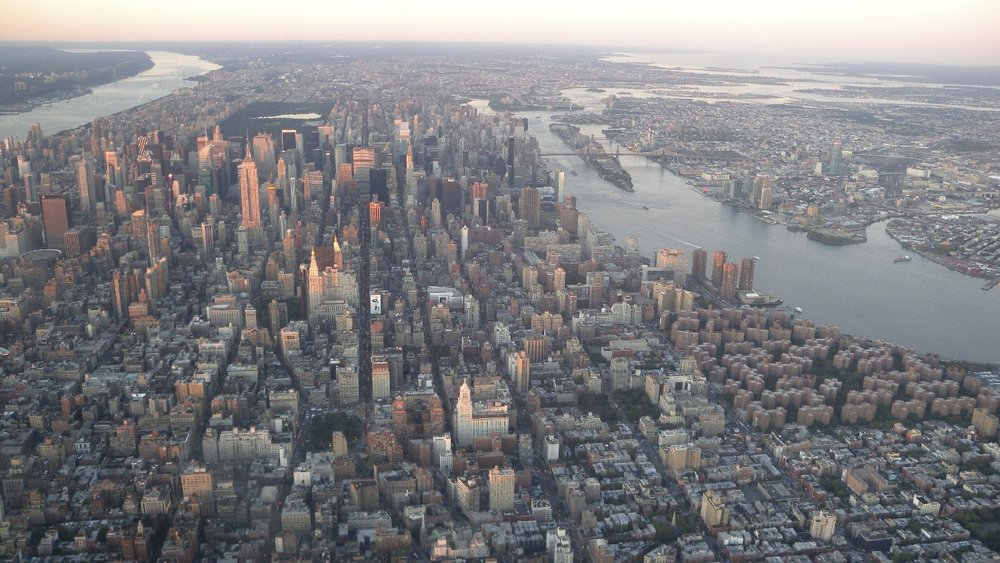 New York and Manhattan view by plane | Sunrise on New York | photo sandrine cohen