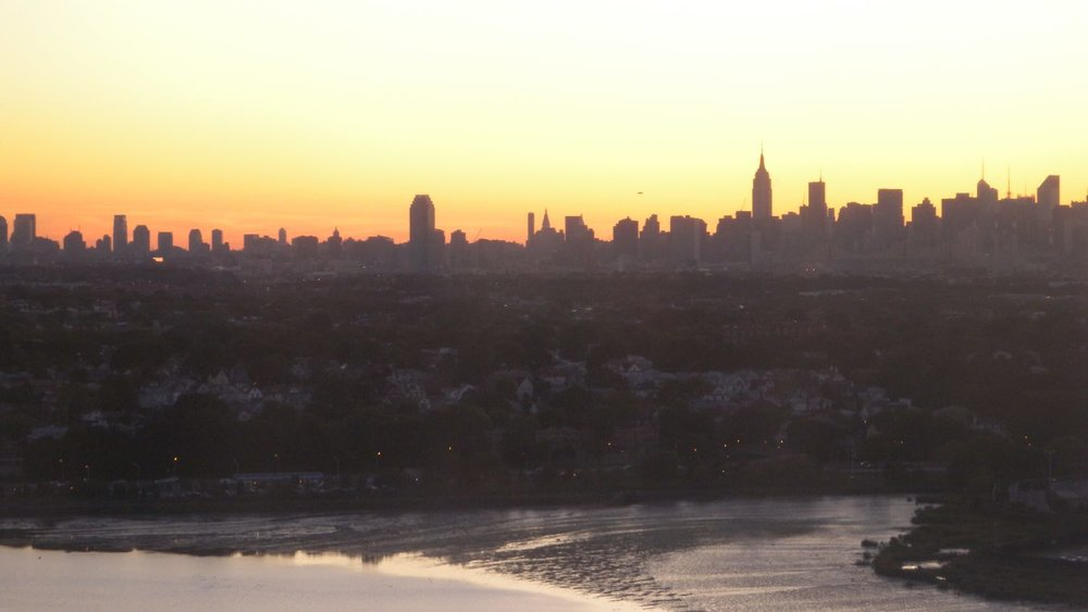 Sunrise on Manhattan skyline | photo sandrine cohen