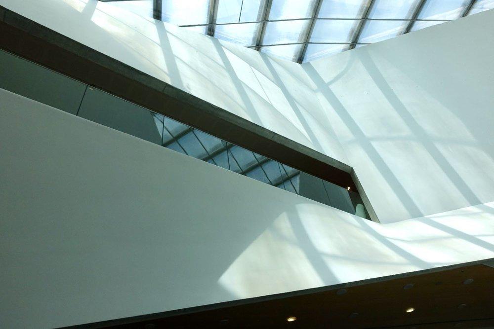 Tel Aviv Museum of Art | light | Tel Aviv | Preston Scott Cohen architect | photo sandrine cohen