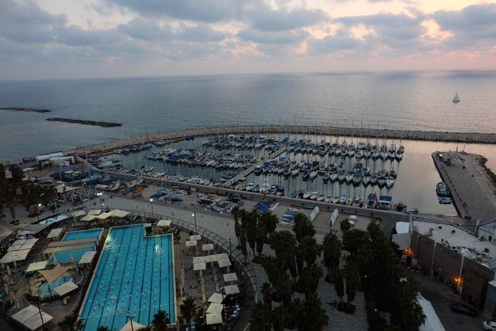 Tel-Aviv | Marina of Tel-Aviv | Gordon Pool | Swimming pool | View from Carlton Hotel Tel Aviv | photo sandrine cohen