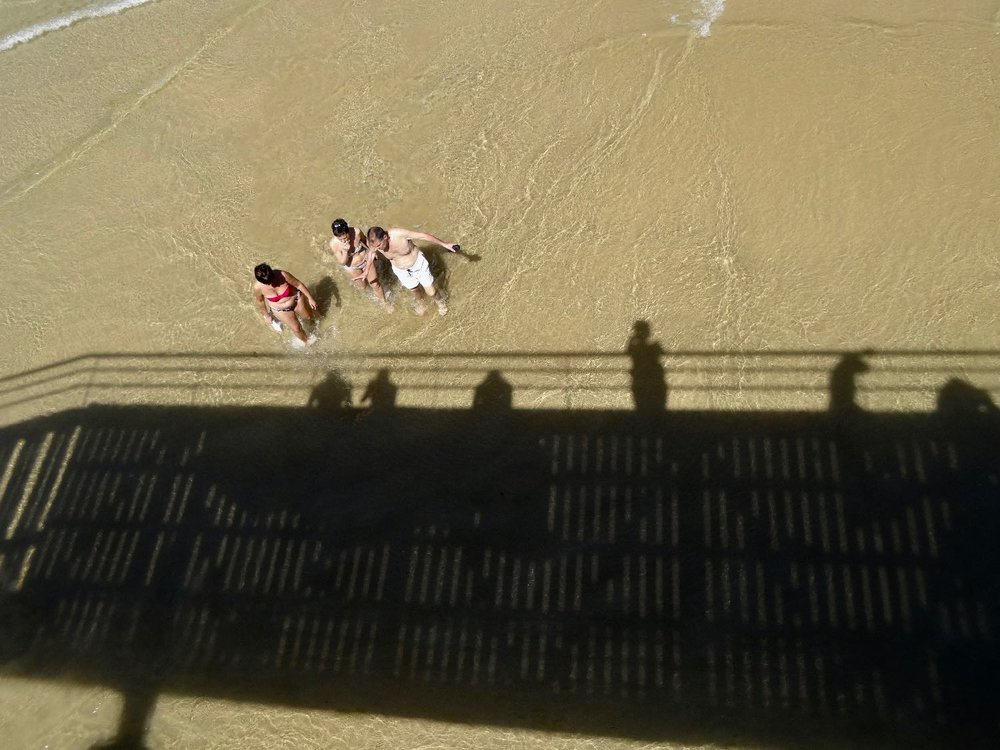 San Sebastian | Donostia | Basque country | Shadows and people on the beach | photo sandrine cohen