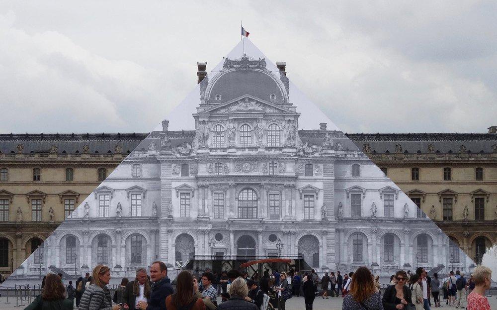 JR artist | Pyramide du Louvre | Paris 2016 | ©sandrine cohen