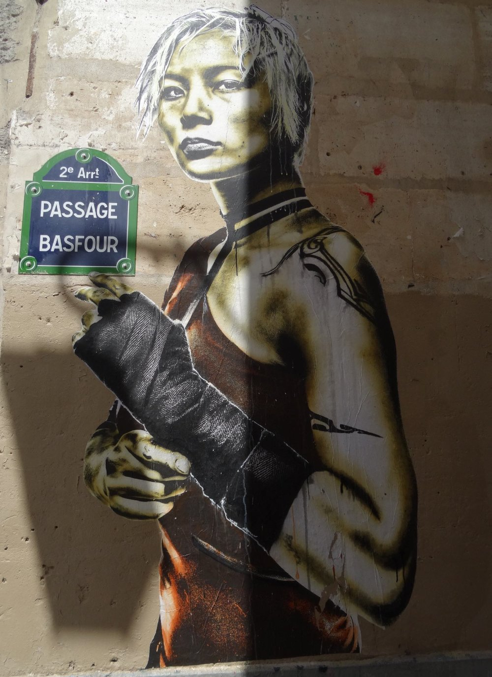 Eddie Colla artist | Salvage portrait |Portrait of bandaged and masked woman | Paris | ©sandrine cohen
