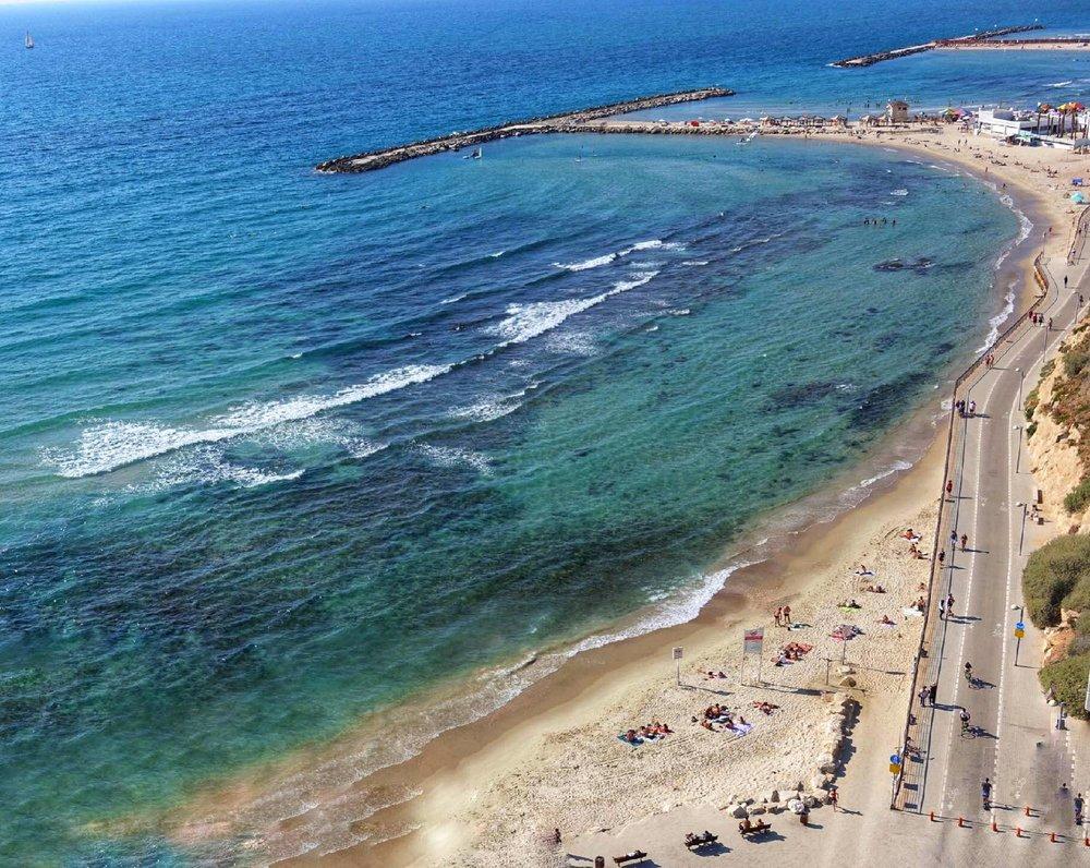 Tel-Aviv | Beach view Carlton Hotel | photo sandrine cohen