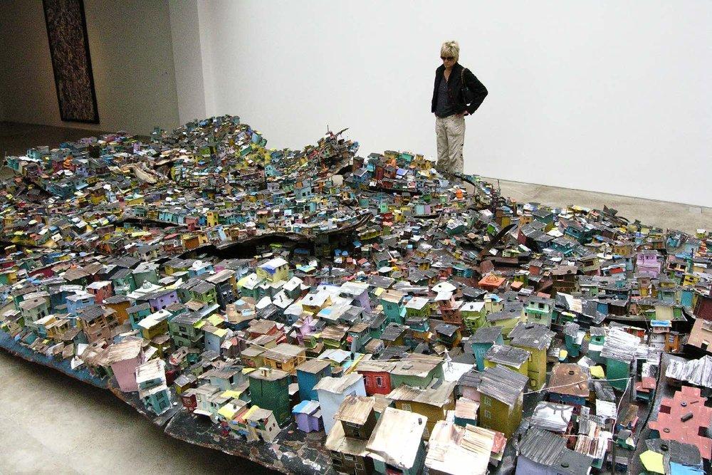 Slum miniature | Art contemporain | Galerie Claude Berry | photo sandrine cohen