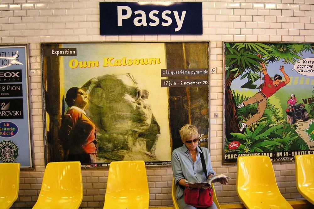 Oum Kalsoum | Metro Paris | Station Passy | photo sandrine cohen