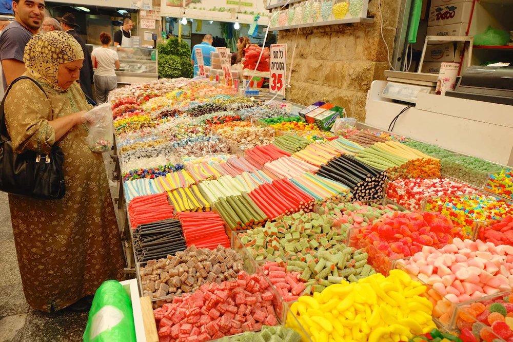 Jerusalem |  Sweets shop at Mahane Yehuda market | photo sandrine cohen