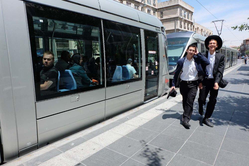 Jerusalem | Tramway at Jaffa street | photo sandrine cohen