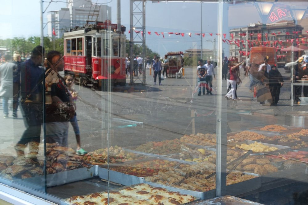 Istanbul | Istanbul tramway | Red tramway Istiklal street Taksim | ©sandrine cohen